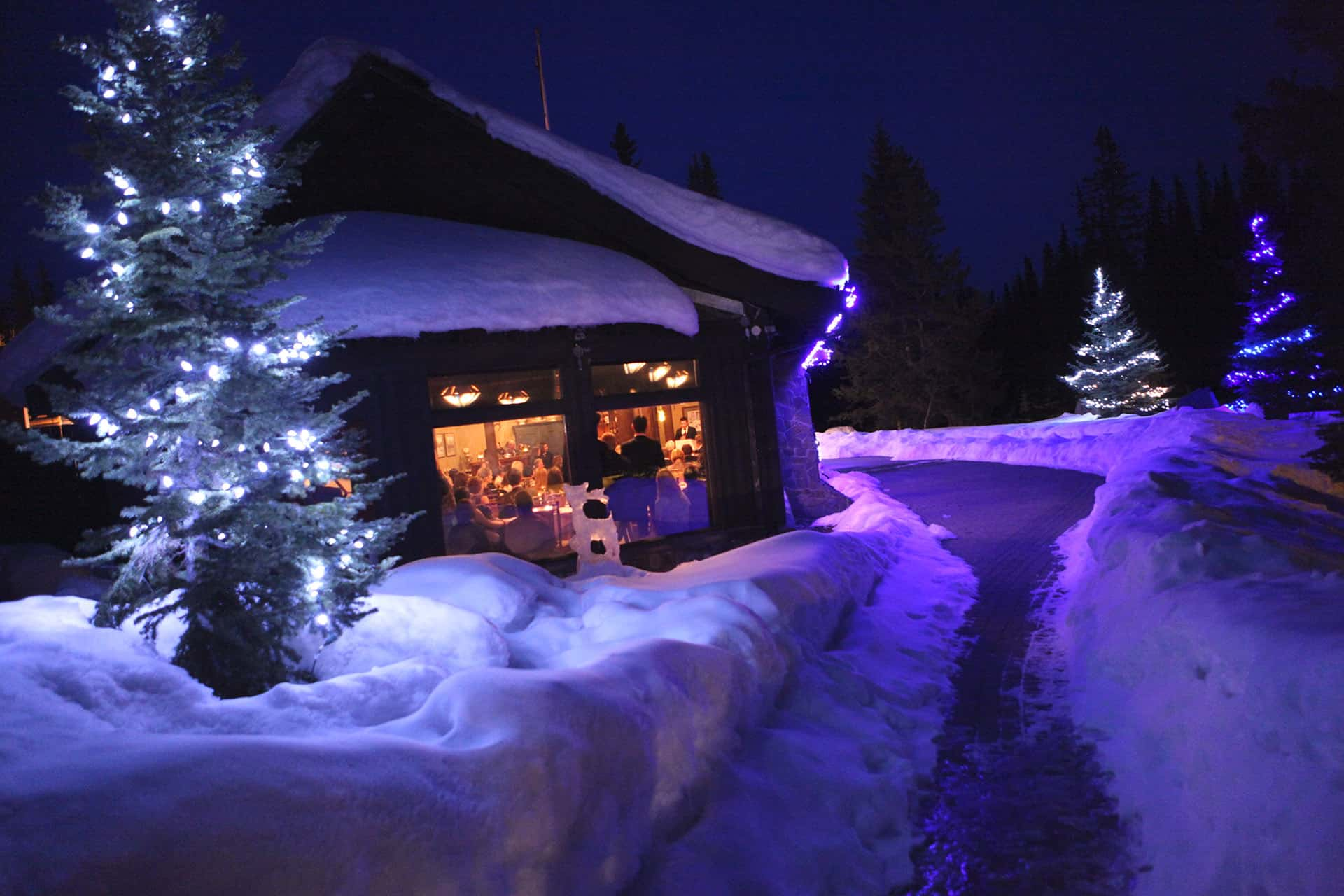Winter at Deer Lodge in Lake Louise