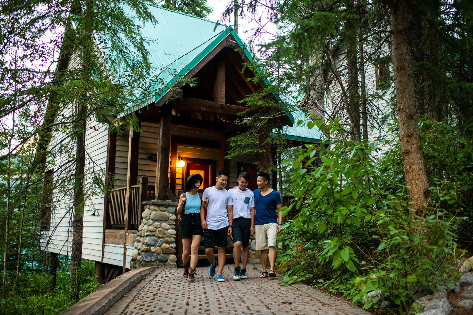 Stay with Friends at Emerald Lake Lodge in Yoho National Park