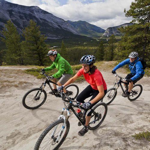 Tunnel Mountain biking in Banff National Park