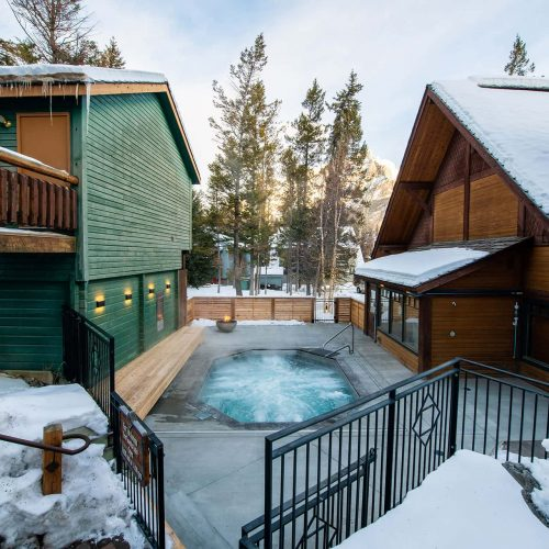 Winter hot tub at Buffalo Mountain Lodge in Banff National Park